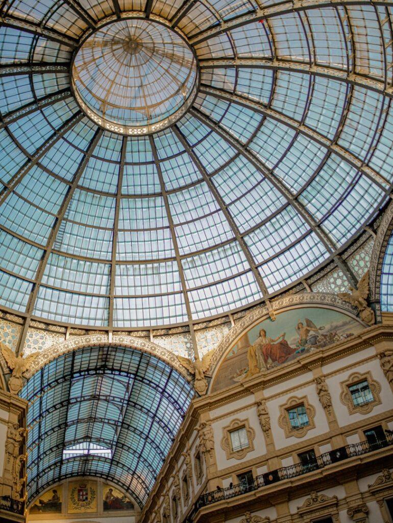 mediolan dach galeria wiktora emanuela