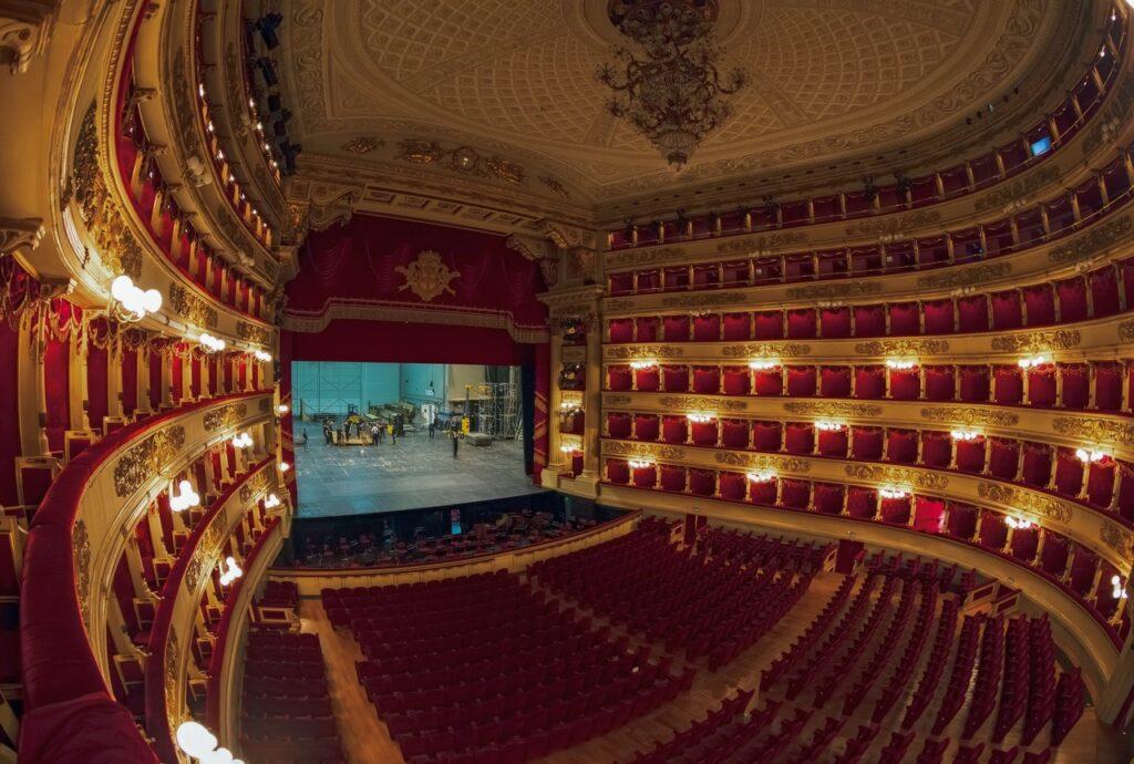 atrakcje w mediolanie opera w mediolanie teatr la scala