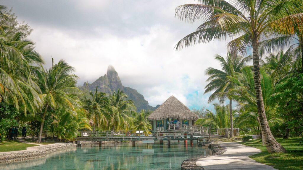 Zwiedzanie Bora Bora