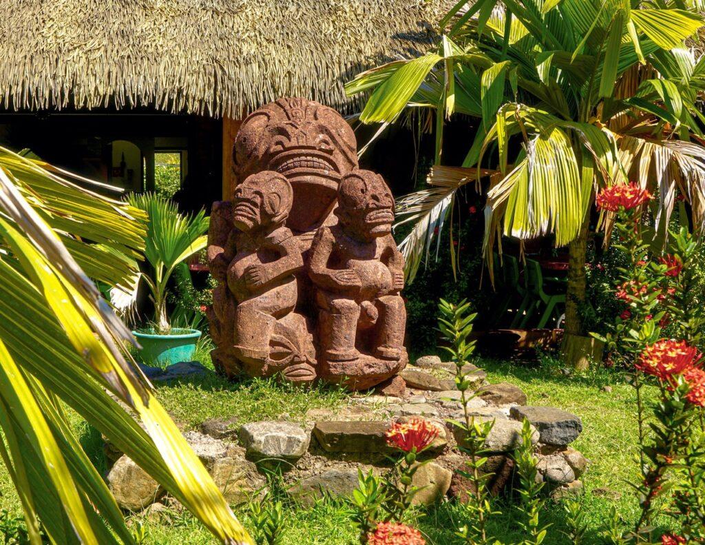 Polinezyjskie tiki na Markizach