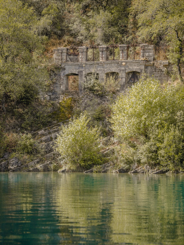 Rzymski akwedukt w Kanionie Verdon.