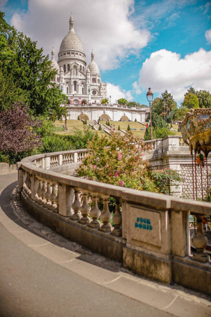 Karuzela na wzgórzu Montmartre