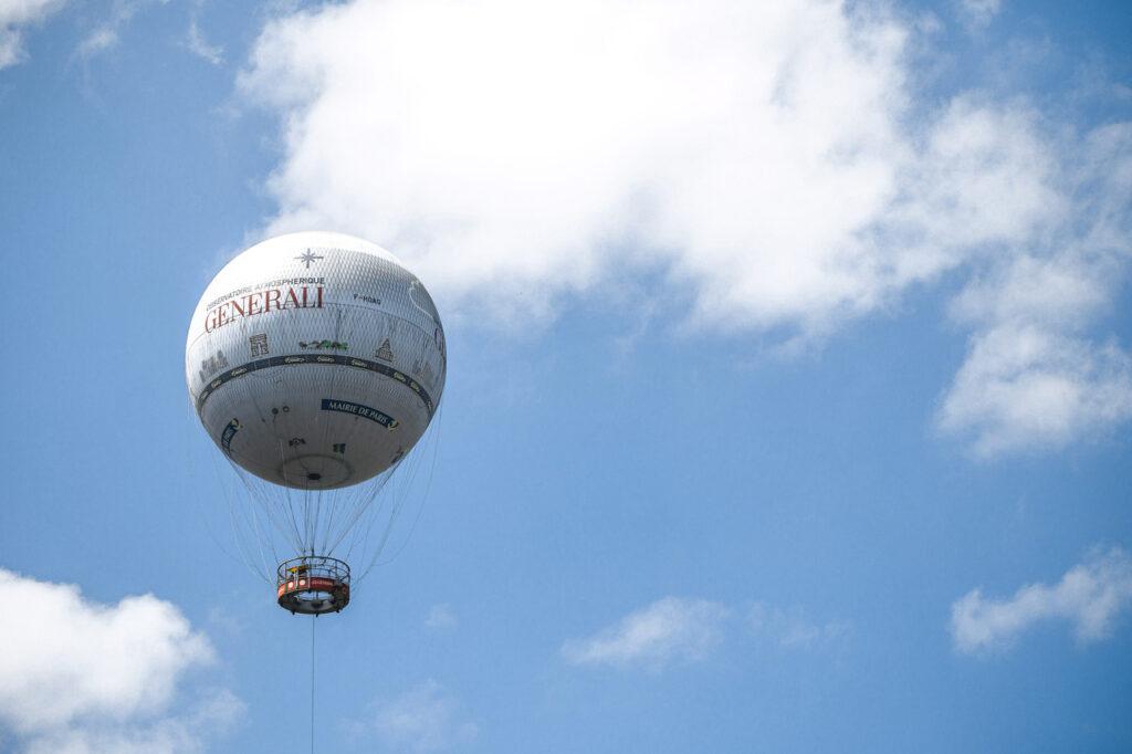 Lot balonem nad Paryżem