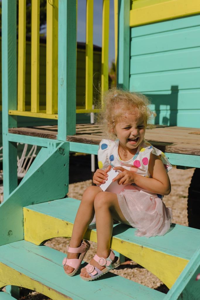 Dziecko na wakacjach w Prowansji. Noclegi dla rodzin w Prowansji.