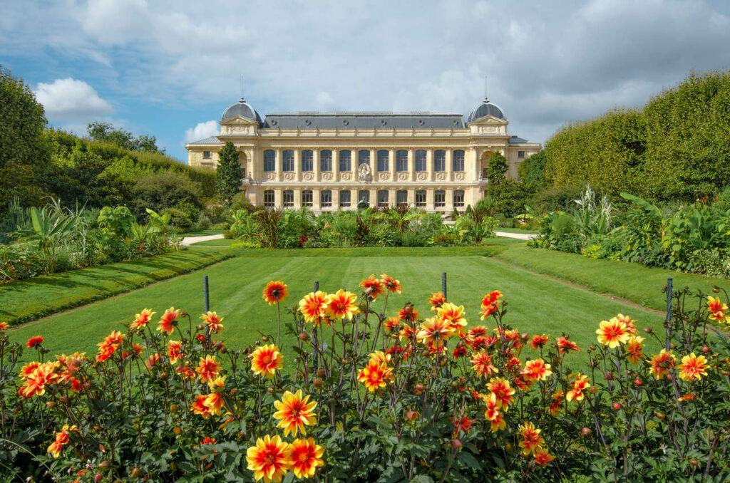 Zwiedzanie ogrodu botanicznego Jardin des Plantes