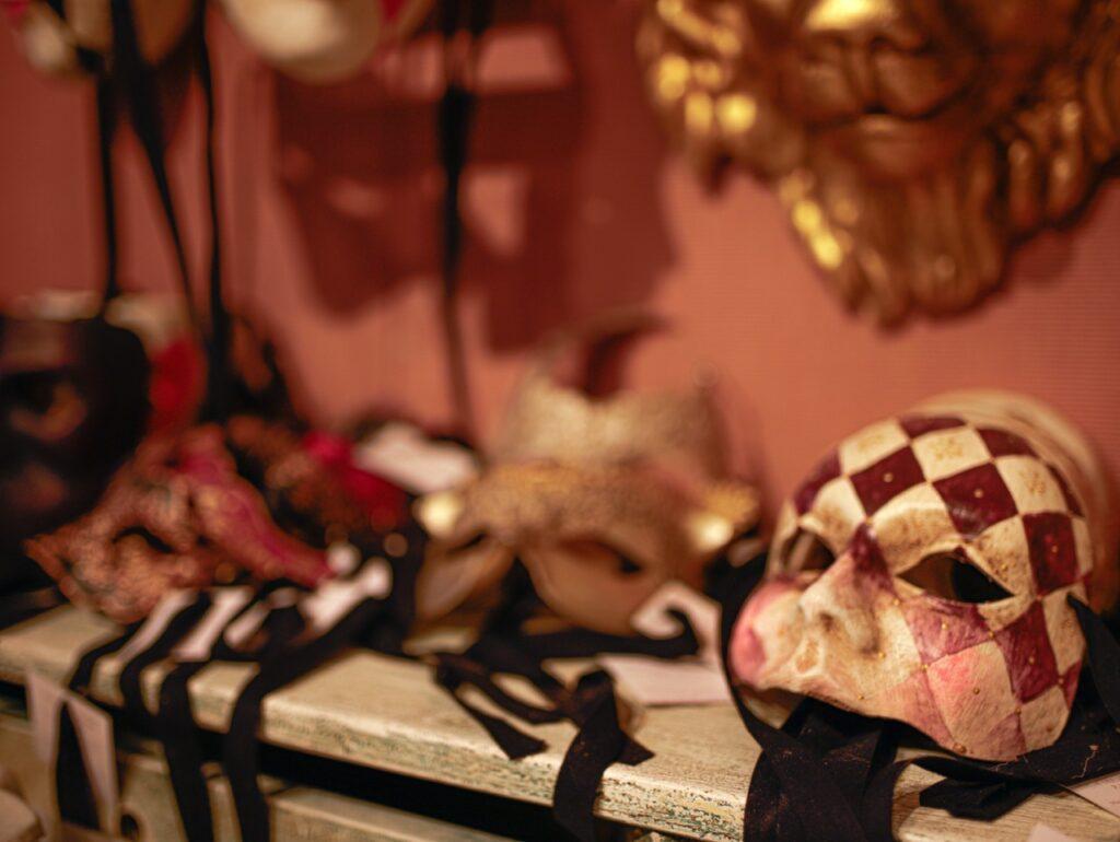 orginalne maski weneckie