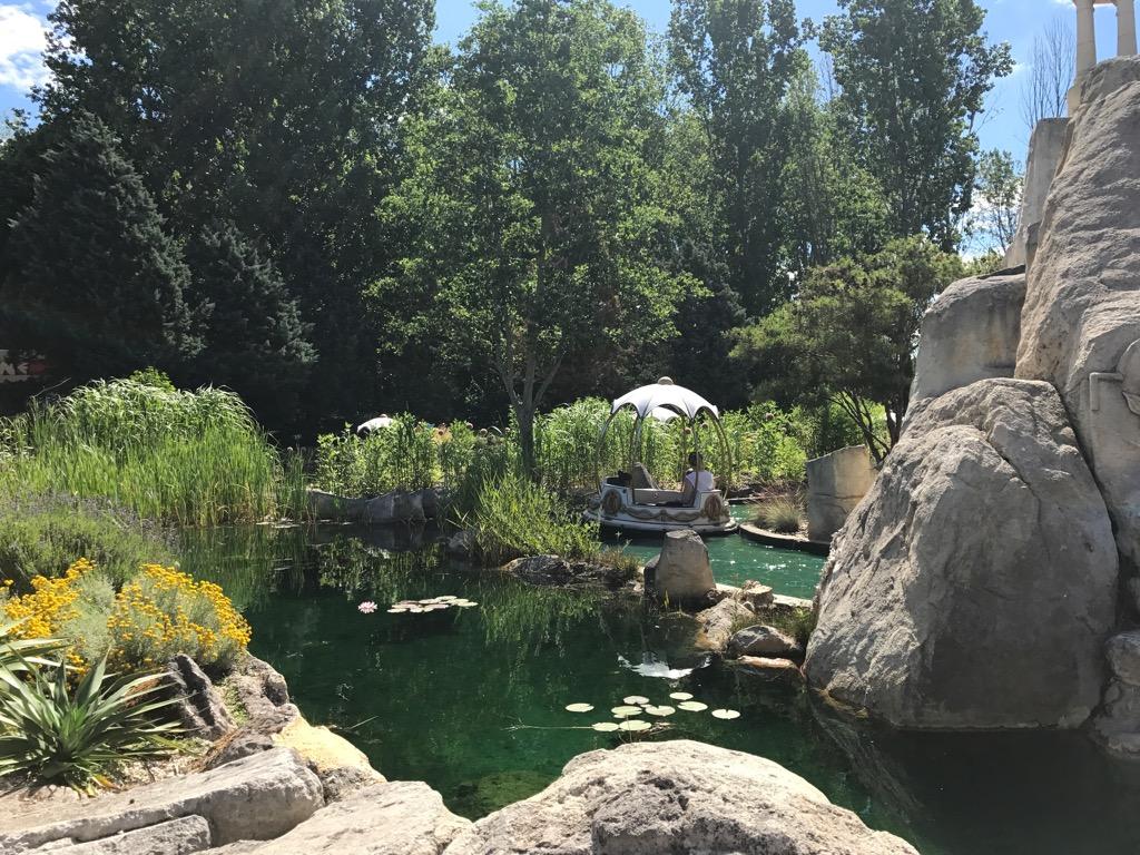 Spokojne atrakcje w Parku Asterix pod Paryżem