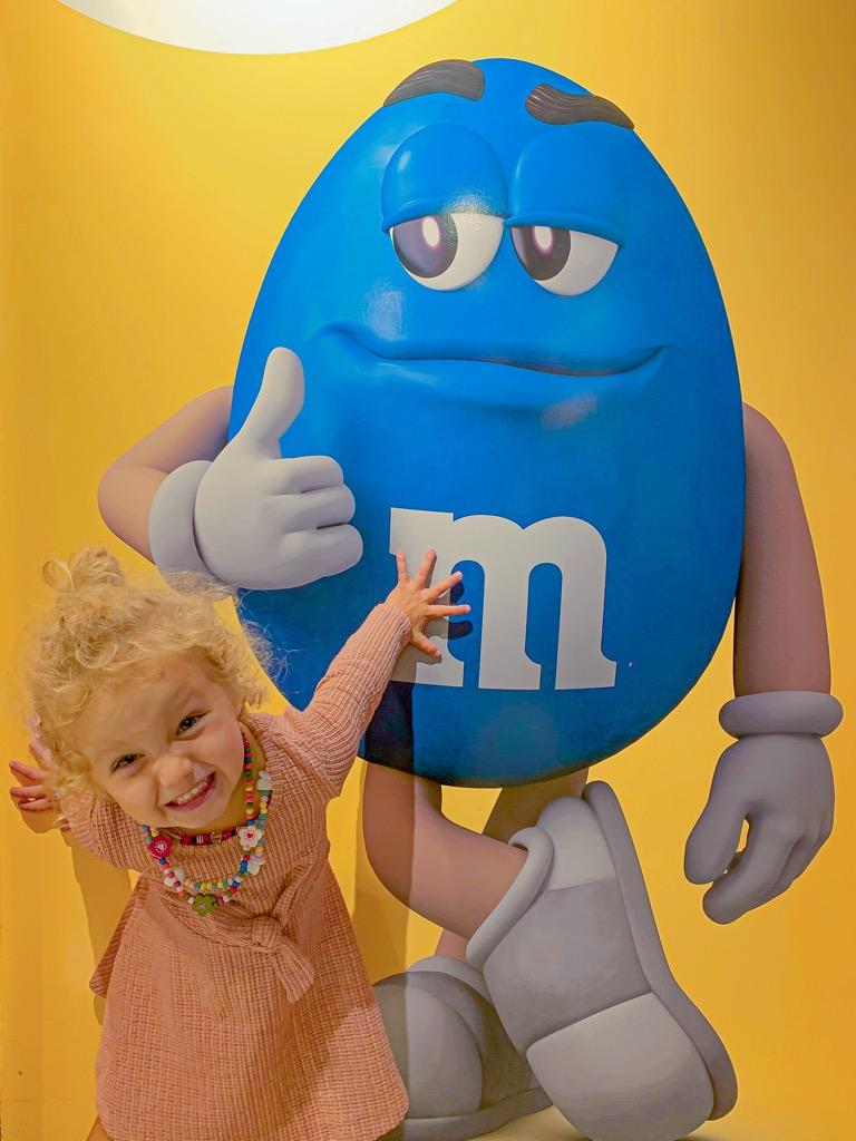 Sklep M&M w Nowym Jorku