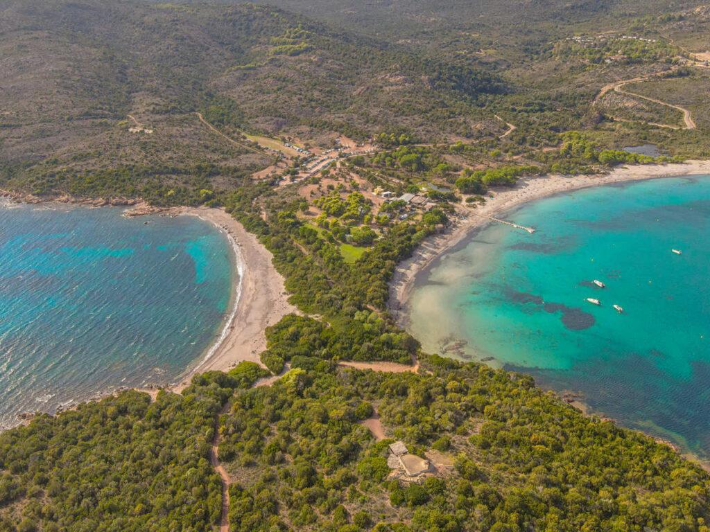 zatoka rondinara zwiedzanie najlepsze plaze piaszczyste na korsyce